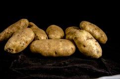 Het ` s de stapel van aardappel ` s stock fotografie