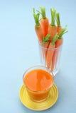 Het sap van de wortel Stock Foto's