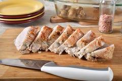 Het sappige gesneden braadstuk van het varkensvleeslendestuk royalty-vrije stock afbeeldingen
