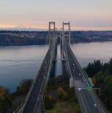 Het satellietbeeld Tacoma versmalt Bruggen over Puget Sound opzet Regenachtiger royalty-vrije stock foto's