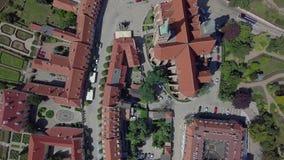 Het satellietbeeld van het oudste, historische deel van Wroclaw riep Ostrow Tumski, Polen stock video