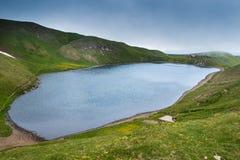 Het Scaffaiolomeer is een meer in de provincies van Pistoia Toscanië royalty-vrije stock afbeelding