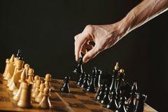 Het schaak van de handholding royalty-vrije stock foto's