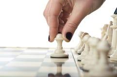 Het schaakspel van het vrouwenspel Stock Fotografie
