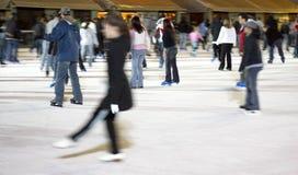 Het schaatsen bij bryant park Stock Afbeeldingen