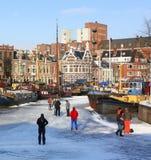 Het schaatsen in de haven Noorderhaven nederland Royalty-vrije Stock Foto's