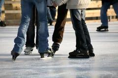 Het schaatsen van het ijs royalty-vrije stock fotografie