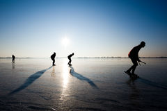 Het schaatsen van het ijs stock afbeelding