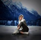 Het schaatsen van het ijs stock afbeeldingen