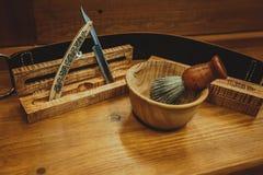 Het scheren van toebehoren op een luxe Stock Fotografie