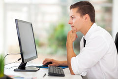 Het scherm van de zakenmancomputer Royalty-vrije Stock Afbeelding