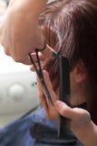 Het scherpe haar van de kapper Royalty-vrije Stock Foto's