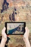 Het schieten van foto van de Rivier van Colorado in Grand Canyon Royalty-vrije Stock Afbeeldingen