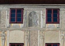 Het schilderen op muur Cesky die Krumlov Heilige Jacob eren stock fotografie