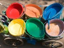 Het schilderen van de borstel hulpmiddelkar Stock Foto