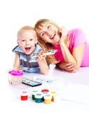 Het schilderen van de moeder en van de zoon Royalty-vrije Stock Foto