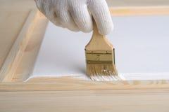 Het schilderen van een deur Royalty-vrije Stock Foto's