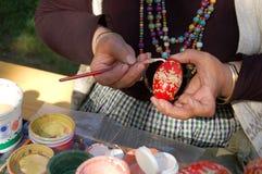 Het schilderen van het ei Royalty-vrije Stock Afbeeldingen