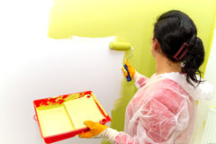 Het schilderen van het huis Stock Foto's