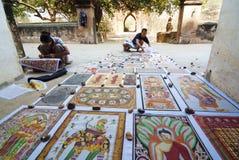 Het schilderen van het zand in Myanmar Royalty-vrije Stock Foto's
