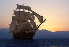 Het schip royalty-vrije illustratie