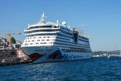 Het schip Costa Luminosa van de cruise Royalty-vrije Stock Fotografie
