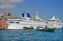 Het schip Costa Luminosa van de cruise Stock Foto's