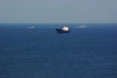 Het schip in het overzees. Royalty-vrije Stock Afbeelding