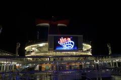 Het schip van de cruise bij nacht Stock Afbeelding