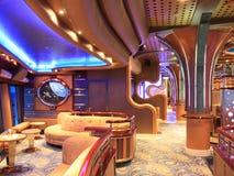 Het schip van de cruise binnen