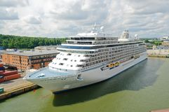 Het schip van de cruise in haven royalty-vrije stock afbeeldingen