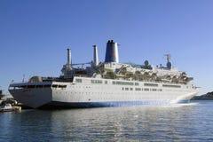 Het Schip van de cruise in Haven Royalty-vrije Stock Foto