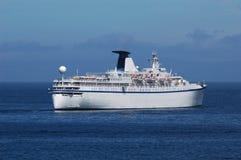 Het schip van de cruise het weggaan Stock Foto