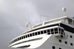 Het schip van de cruise - kapiteins navigerende brug Stock Afbeeldingen