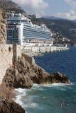 Het Schip van de cruise in Monaco royalty-vrije stock afbeelding