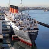 Het schip van de Cruise van koningin Mary in dok royalty-vrije stock foto