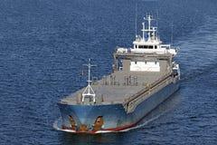 Het schip van de lading op het Kanaal van Kiel Stock Fotografie
