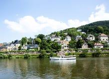 Het schip van de riviercruise op de Neckar Royalty-vrije Stock Fotografie