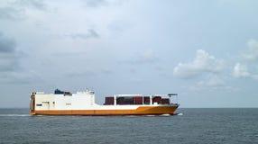 Het schip van de ro/ro Stock Foto's