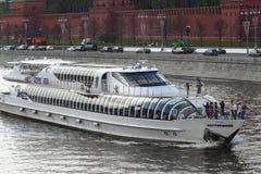 Het schip van de toerist royalty-vrije stock afbeelding