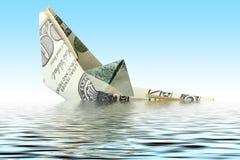 Het schip van het geld in water stock fotografie