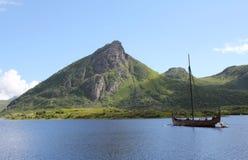 Het Schip van Viking bij Museum Lofotr Stock Foto