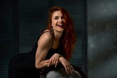 Het schitterende Lachen van de Vrouw Stock Foto's