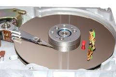 Het schoonmaken van de harde schijf Een vrouw maakt een HDD schoon Beeldje van een vrouw reinigingsmachines Stock Afbeeldingen