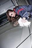 Het schoonmaken van een Auto Stock Foto