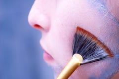 Het schoonmaken van een gezichtsmasker royalty-vrije stock foto's