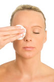 Het schoonmaken van het gezicht Stock Afbeelding