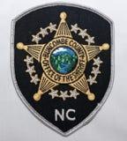 Het schouderflard van de Sheriff Department van de Onzinprovincie in Noord-Carolina royalty-vrije stock fotografie