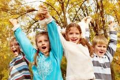 Het schreeuwen van kinderen Stock Foto's