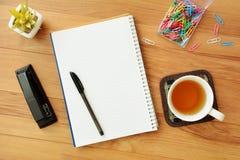 Het schrijven concept in vlakte lag Stock Foto's